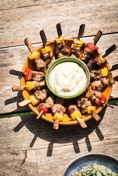 Tapas Buffet, Tapas Menu, Tapas Party, Snack Recipes, Snacks, Healthy Recipes, Bruchetta Recipe, Pizza Wraps, How To Cook Potatoes