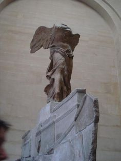 La Victoire de Samothrace: Musée du Louvre, Paris-France Photo: Léa R. Stella Maris, France Photos, Victoria, Paris France, Lion Sculpture, Creations, Louvre, Statue, Art