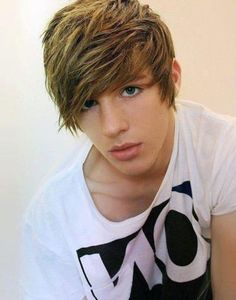 Tumblr Boy~ omg...he...is...soooo good looking!!! Guys with long hair>>>