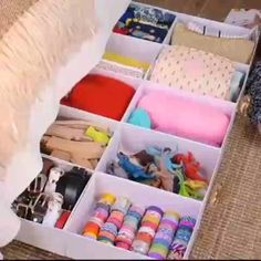 Spark Joy With These Home Organization Hacks! – Diy Home Decor Wood Organisation Hacks, Organizing Hacks, Cleaning Hacks, Deep Cleaning, Closet Organization, Diy Crafts Hacks, Diy Home Crafts, Diy Home Decor, Homemade Crafts