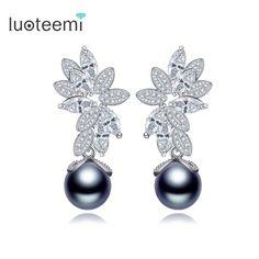 LUOTEEMI 2016 Luxury Women's Fashion Gray Imitation Pearl Flower Shaped Statement Stud Earrings For Women Zircon Jewelry Bijoux