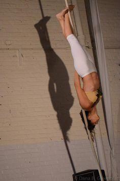 Circus Soiree: Aerios @phillycircus Sarah Muehlbauer, corde lisse/interdisciplinary , Artemis Circus Activities, Artemis, The Circus
