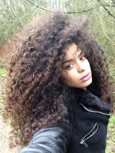afro look - MINHA DEUSA SOCORROOOO QUE CABELO