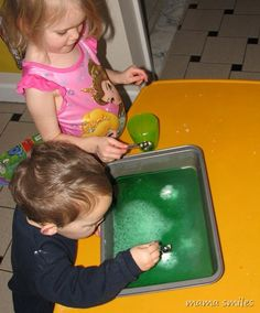 Simple kitchen chemistry activities for little ones! And other great stuff for homeschool.