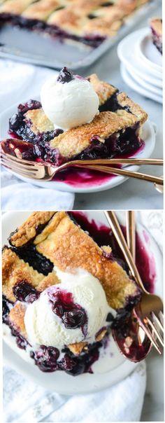 Cinnamon Blueberry Slab Pie by @howsweeteats I howsweeteats.com