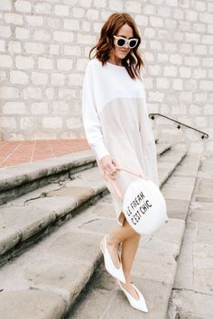 A cashmere dress in subtle neutral tones? Be still my heart. The most comfortable dress ever, thank me (and Hatch) later. Love Fashion, Spring Fashion, Winter Outfits, Summer Outfits, Cashmere Dress, Neutral Tones, Preppy, What To Wear, Celebrity Style