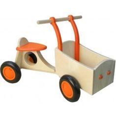 Van Dijk Toys houten bakfiets oranje. Een stoere bakfiets voor jonge kinderen die gaan lopen!