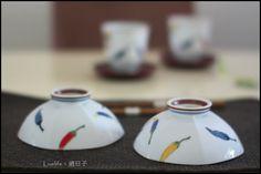 [重山陶器]辣椒系列,特殊碗底出水設計,六角形碗/尺寸:H5.3×ø13cm/材質:陶磁 ★售價碗一個NT$780元,若兩個一起帶只要1480元(不含杯墊)★郵資65元