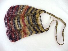 This bilum bag is from Goroka, in the Eastern Highlands Province of Papua New Guinea.