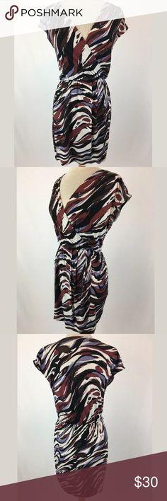 Banana Republic dress SKU: SD15427  Length Shoulder To Hem: 36 Bust: 38.5 Waist: 30 Fabric Content: 95% Polyester, 5% Spandex Banana Republic Dresses