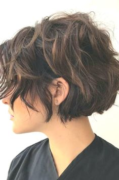 Layered Short Hair ❤ 45 Ideas to Rock Your Short Curly Hair ❤ – Kurzhaar Frisuren Layered Curly Hair, Short Hair With Layers, Short Hair Cuts For Women, Short Punk Hair, Short Curly Hair, Curly Hair Styles, Hair Day, Easy Hairstyles, Curly Haircuts