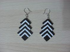 sandylandya@outlook.es  Earrings hama beads by Regalitos curiosos