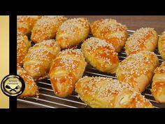 Τα πιο εύκολα και τραγανά τυροπιτάκια, που έχεις δοκιμάσει! - ΧΡΥΣΕΣ ΣΥΝΤΑΓΕΣ - YouTube Cheese Pies, Healthy Cake, Dessert Recipes, Desserts, Greek Recipes, Pretzel Bites, Doughnut, Food Inspiration, Tart