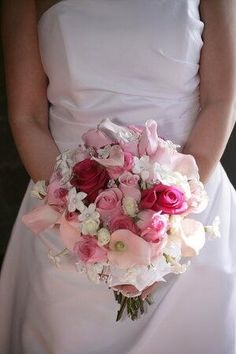Bride| bouquet| wedding