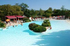 Castel Camp de Florence #Camping #Gers #4étoiles #LesCastels #MidiPyrénées #Vacances #Piscine #Holidays #SwimmingPool