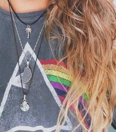 Pink Floyd tee , layered necklaces , messy beach hair