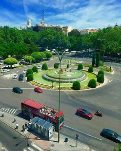 Plaza de Neptuno (Madrid)