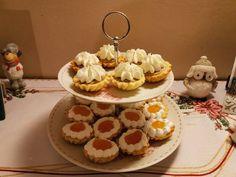 Gesztenyekrémes kosárkák Poppy Cake, Snickers Cheesecake, Food, Christmas, Bakken, Recipies, Xmas, Essen, Navidad