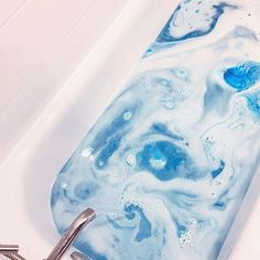"""103.6k Likes, 187 Comments - Lush Cosmetics North America (@lushcosmetics) on Instagram: """"Feeling blue? Let it go and hop in the bath with Frozen Bath Bomb. #bathgoals by @s_belen"""""""