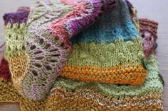 knitting with free imagination by Dolores andrade Knitting Blogs, Knitting Stitches, Knitting Yarn, Free Knitting, Baby Knitting, Knitted Afghans, Knitted Blankets, Yarn Projects, Knitting Projects