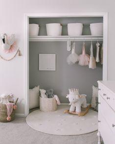 girls room makeover Closet makeover in toddler gir - roommakeover