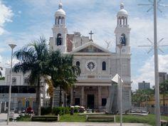 Basílica de Nazaré em Belém, PA, Brasil. Foto por Alessandra Rosa.    Basilica of Nazare in Belem, PA, Brazil. Photo by Alessandra Rosa.
