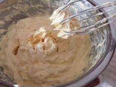 My Mind Patch: Golden Butter Cupcakes 金黄牛油杯子蛋糕 Sponge Cake Recipe Best, Sponge Cake Recipes, Easy Cake Recipes, Cupcake Recipes, Cupcake Cakes, Dessert Recipes, Cup Cakes, Butter Cupcakes, Banana Cupcakes