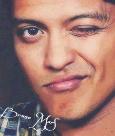 Bruno Mars Music, Mars Pictures, Perfect Music, Ideal Man, Geek Girls, Future Husband, Mars Wallpaper, Beautiful Men, Marie
