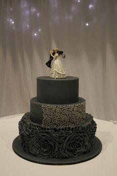 toowoomba wedding, highfields cultural centre, navy wedding cake Wedding Cake Toppers Toowoomba toowoomba weddings, highfields cultural centre, black wedding cake wedding cake toppers toowoomba
