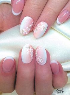 In order to provide some inspirations for your winter nail art designs, we have specially collected 72 winter nails red colors for your short nail designs. I hope you can find a satisfactory style from them. Cute Nails, Pretty Nails, Heavenly Nails, Uñas Fashion, Vintage Nails, Bride Nails, Floral Nail Art, Wedding Nails Design, Short Nails Art