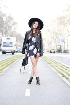 Dress : Buylevard (here) / Jacket : Mango / Hat : Zara / Bag : Balenciaga / Belt : Vintage