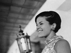 Elis Regina, morta há 33 anos, ainda é a maior cantora do Brasil - Cultura - Estadão