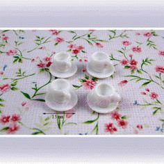 4 Tasses avec soucoupes en porcelaine  - DM88 1/12ème #maisondepoupées #dollhouse #tasses #cups #meuble #furniture #miniatures #miniature #porcelaine #porcelain