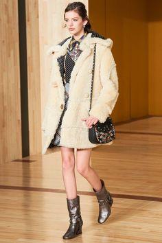 Coach 1941 Fall 2016 Ready-to-Wear Fashion Show - Caroline Reagan
