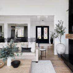 Home Living Room, Living Room Designs, Living Room Decor, Living Spaces, Home Decoracion, Family Room Decorating, Living Room Inspiration, Decoration, Home Interior Design