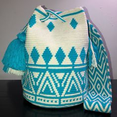 Danubio Blue Wayuu Bag Tapestry Bag, Tapestry Crochet, My Little Baby, Quilted Bag, Knitted Bags, Knit Crochet, Crochet Bags, Crochet Projects, Purses And Bags