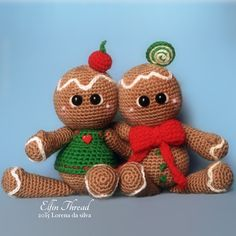 Ginger Rogers and Bread Astaire, the Gingerbread Cookies amigurumi pattern by Elfin Thread - paid pattern