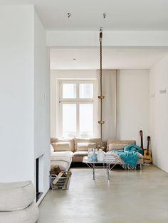 divano soderhamn IKEA e pavimento in resina Oversized Mirror, Ikea, Flooring, Interior Design, Ali, Objects, House, Mood, Furniture