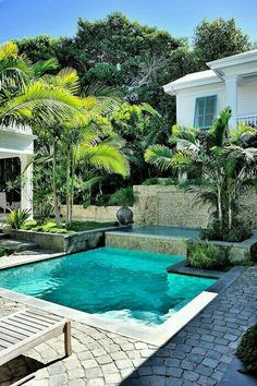 I love the idea of cobblestones by the pool.... it would go so well in a Mediterranean style home!