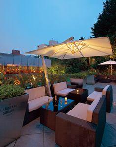 ガーデンカフェ ウィズ テラスバー Garden Cafe, Rooftop Terrace, Terrace Garden, Umbrella Lights, Outdoor Dining, Outdoor Decor, Luxury Restaurant, Interior Garden, Cafe Design