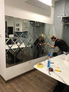 Dining Room Mirror Wall, Mirror Panel Wall, Living Room Mirrors, Home Decor Mirrors, Mirror Tiles, Glass Wall Design, Wall Decor Design, Large Metal Wall Clock, Living Room Tv Unit Designs