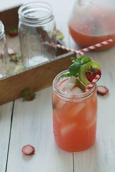 Strawberry Mint Limeade Spritzer#SlimPalate