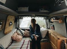 Photo by @therollinghome #projectvanlife