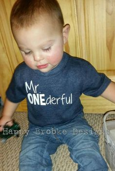 Mr ONEderful! - 1st Birthday shirt - Front and Back design - Name on back…
