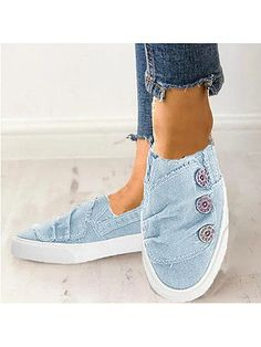 Light Wash Flat Round Toe Casual Sneakers , Buy Affordable And Fashionable Women's clothing Online. Buy Shoes, Bags, Dresses Etc. Sneakers Mode, Casual Sneakers, Sneakers Fashion, Sneakers Design, Cheap Sneakers, Fashion Shoes, Basket Sneakers, Baskets, Floral Flats