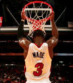 I love Dwayne wade(: