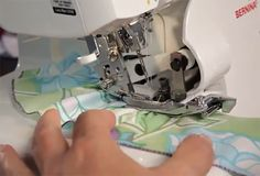 Sewing ruffles with a bernina serger tutorial Serger Projects, Easy Sewing Projects, Sewing Hacks, Sewing Tutorials, Sewing Patterns, Sewing Tips, Bernina Serger, Serger Sewing, Sewing Ruffles