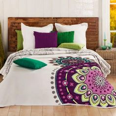 Spring in the bedroom with bedding Decoration Bedroom, Teen Room Decor, Designer Bed Sheets, Comfy Bed, Bed Spreads, Home Textile, Comforter Sets, My Room, Interior Design