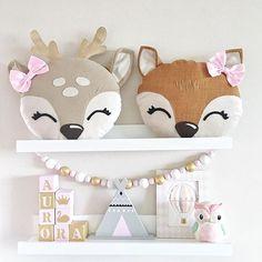 ✨Here is the first deer and fox pillows I made, i working on more✨  .  .  .  #idaskreativa #inredning #barnrum #unik #handgjord #kudde #barnkudde #rådjur #räv #rådjurskudde #rävkudde #kidspillow #deerpillow #deerplusg #foxpillow #fox #deer #pillow #kidsroom #kidsroominspo #kidsroomdecor #nursery #nurserypillow #animalpillow