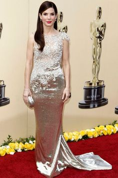 Love the hair, makeup and the dress... PERFECT!!!